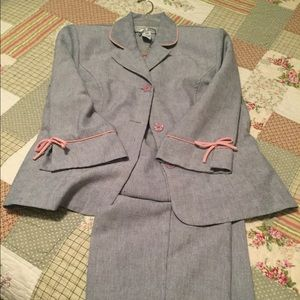 Gray 3 piece ladies suit trimmed in pink